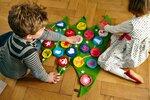 Můžete kalendář vyrobit každému dítěti zvlášť, nebo společný pro sourozence, ale pak by tam měl mít každý svou maličkost
