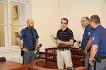ONLINE taxivraždy u soudu: Týdenní kolečko uzavírají znalci a spoluvězni