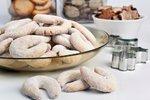 Vanilkové rohlíčky s ořechy: Recept od šéfkuchaře a co dělat, když se těsto drolí?