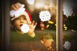 Vánoční inspirace: Za pár korun si vykouzlíte krásné dekorace do oken