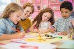 Pražské školky se otevřou v květnu: Radnice je pro jistotu zásobují zdravotnickým materiálem