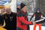Klaus vyrazil lyžovat na Monínec. Potkal Hejmu a dal si panáka