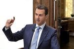 Asad pustil na svobodu 672 vězňů. Slíbili, že se neobrátí proti vládě