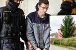 Sedí ve vězení za trojnásobnou vraždu: Michael se ale rozhodl složit maturitu