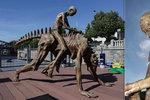 Na náplavku přivezli největší sochu z 3D tiskárny na světě: Vypadá jako z jiné planety