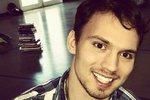 """Patrik (25) s """"vlastní židlí"""" vystudoval psychologii. """"Nejsem postižený,"""" říká"""