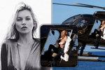 Kate Moss (43) v helikoptéře: Pane pilote, je horko, odložím si, nevadí?