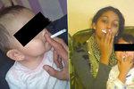 Lidé na Facebooku zuří: Táta učí batole kouřit, bráška je zkušený kuřák