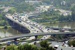 Jeden automobil na 1,5 obyvatele Prahy: Počet aut v metropoli vzrostl na 1,059 milionu