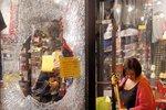 Zdevastované obchody, poničený dům starostky. V St. Louis to vře kvůli smrti Afroameričana