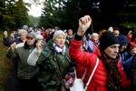 Polští věřící obklopili hranice včetně té české. Odpor k islámu za tím prý není