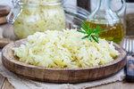 Recept na vynikající domácí kysané zelí, které zvládne připravit každý