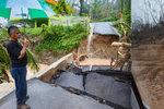Bez elektřiny, pitné vody a teď i odříznutí od světa: Portoriko stihla další rána