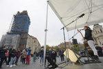 Na Staroměstském náměstí citovali oba Masaryky. Bez Bradyho byla účast slabá