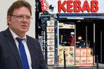 Na německého starostu zaútočil u kebabu opilec nožem. Kvůli uprchlíkům?