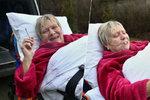 Hvězda Ulice Obermaierová: Cigaretu si zapálila i při převozu do nemocnice!