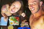 Kuchařská hvězda Kamu na Havaji: Nahá snídaně a pak svatba!