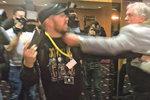 Agresor ze Zemanova štábu o útoku: Rána pěstí? Ano, jednal jsem lidsky!