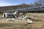 Vlak s kongresmany smetl popeláře. Jeden zemřel, další bojují o život