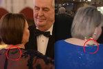 První dáma Zemanová tajila tetování. Co znamená její záhadný znak?