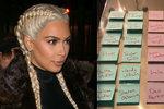 Kim Kardashian poslala dárek svým odpůrcům. Obdarovala Taylor Swift, Chloe Moretz nebo Pink