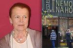 Iva Janžurová (76) připoutána na lůžko. Národní divadlo mění program
