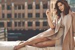 Ashley Graham radí: Jak se oblékat stylově i s pár kily navíc?
