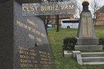 Před 100 lety narukovali a nevrátili se. Pomník v Hloubětíně připomíná 71 padlých z první světové války
