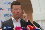 Právník peskuje Okamurovo hnutí SPD za výroky o Židech, Romech a gayích