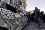 Islámský stát udeřil v Kábulu: Sebevrah zabil nejméně 31 lidí