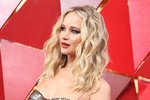Trendy vlny jako mořská panna podle Jennifer Lawrence: Jak na ně?