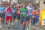 """V mládí přišel o zrak, přesto běhá maratony. """"Se slepotou se lze vyrovnat, ale ne smířit,"""" říká Ondřej (27)"""