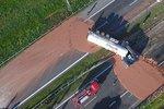 V Polsku museli zavřít dálnici do Varšavy! Zalila ji čokoláda