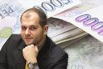 """Právník o """"zlodějských"""" životních pojistkách: Hromadná žaloba na pojišťovny"""