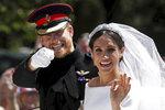 Královna jedná bez slitování! Harry s Meghan už zmizeli z královské stránky