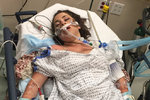Hanna Lottritz přežila otravu alkoholem, lékaři jí nedávali šanci. Fotografie z pohotovosti hodinu po příjezdu do nemocnice Renown.