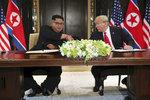 """ONLINE: Trump o dohodě s Kimem: """"Válka dosud neskončila, ale skončí"""""""