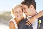 Většina lidí vstupuje do manželství s přesvědčením, že je to ta nejsprávnější věc pod sluncem. A že k tomu vedou ty nejlepší důvody – láska, fyzická přitažlivost, emocionální a intelektuální spříznění. Ovšem někdy lidé vstupují do svazku manželského z naprosto nesprávných důvodů. Které to jsou?