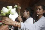 Při razii zadrželi 33 těhotných. Pronajaly dělohy Číňanům za 221 tisíc