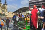 Pivní kola budou v centru Prahy strašit dál! Dodavatel piva si stěžoval na ministerstvu, zákaz se posouvá