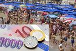 Rána před dovolenou. Koruna vůči euru rekordně oslabila, požitky podraží