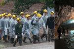 Z jeskyně vytáhli všechny chlapce i trenéra. Smrt hrozí i 17 dní po záchraně