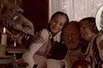 Noční můra starých otců! Z Gottovy (78) Charlottky (12) udělali jeho vnučku