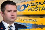 Přetížení pošťáci a nízké platy. Hamáček chce dát České poště až miliardu ročně navíc