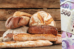 Pečivo zdraží, varují mlynáři. Kvůli suchu už poskočila cena pšenice o pětinu