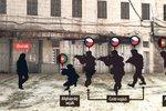 Martin, Kamil a Patrik přiletí domů. Mohlo padlé vojáky zachránit zakleknutí?