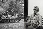 Invaze focená za běhu. Czech Photo Centre představuje výstavu fotek Havlova dvorního fotografa Oldřicha Škáchy