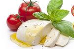 Test mozzarell: Kupujete si »bláto«, »gumu«, nebo minisýr?