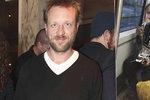 Režisér Tauš: Drogy a dluhy ho dostaly na ulici, žil s heroinovou Katkou!