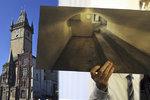 VIDEO: Tajemná vrátka pod schody na Staroměstské radnici: Kdo se za nimi ukrýval?